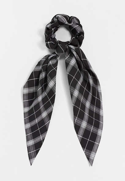 Black Plaid Scrunchie Scarf