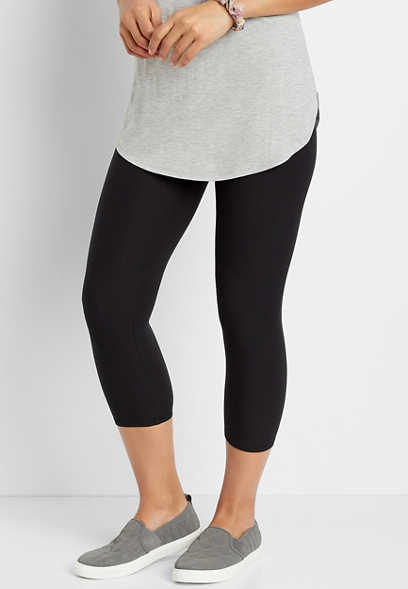 High Rise Black Ultra Soft Capri Legging