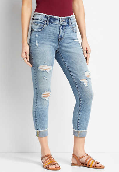 Medium Wash Frayed Waist Cropped Jean