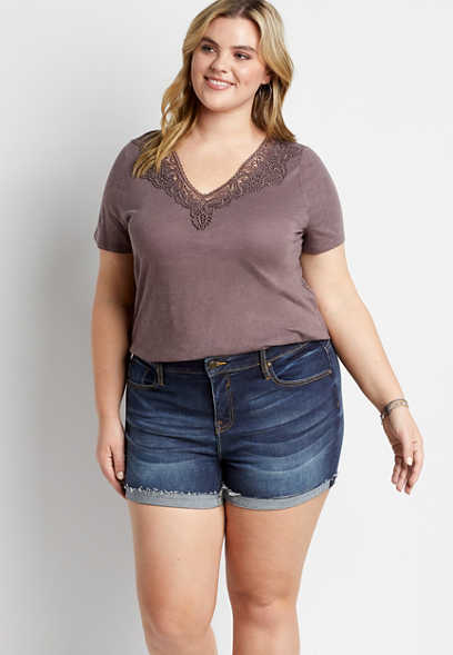 Plus Size Vigoss® Classic Dark Wash Fray Cuffed Hem 4in Short