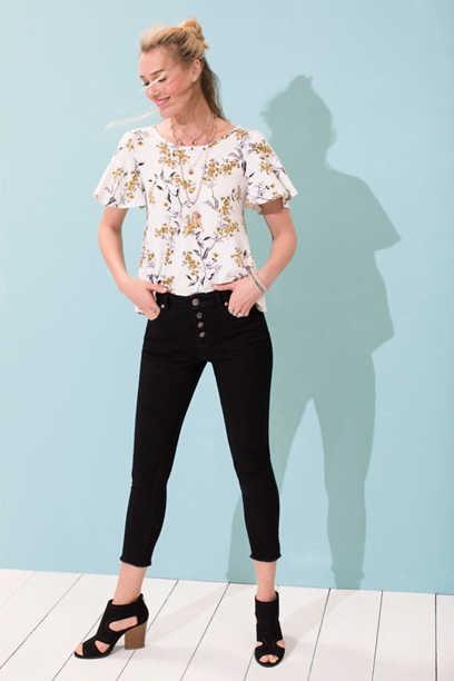 high rise button front cropped jegging with frayed hem
