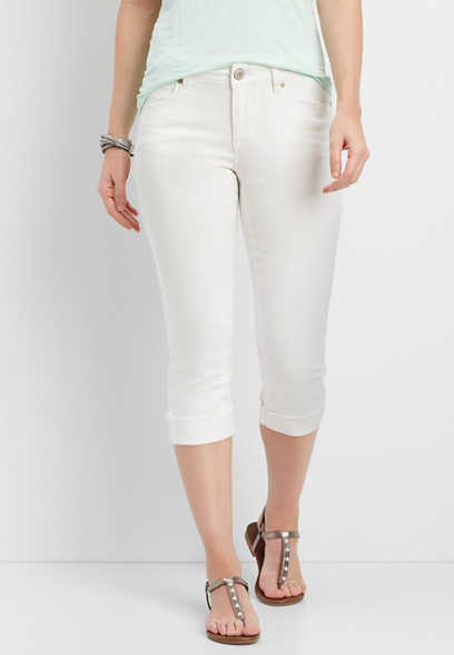 white cuffed capris with frayed hem