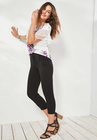 black ruffled crop pant