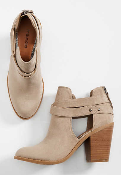 Carin open side bootie