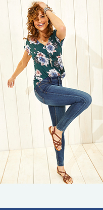 e083a1ec18 Fashion Tops For Women | maurices